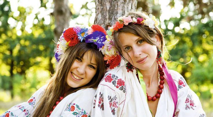 Slavic costueme