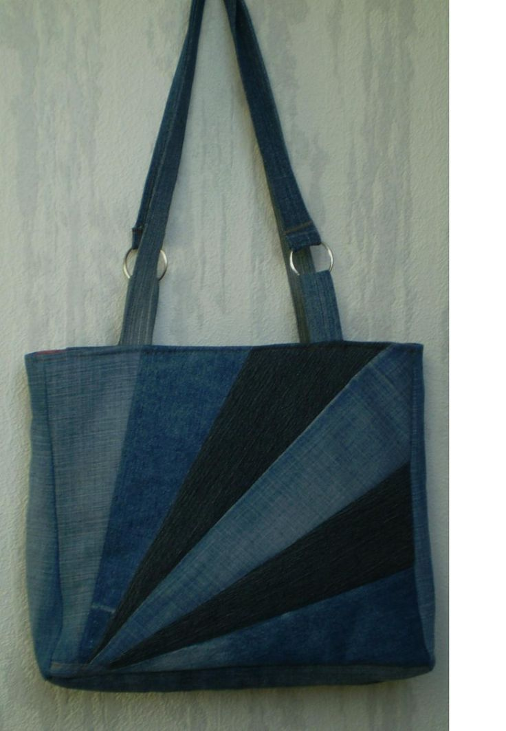 Fan patchwork tote bag from recycled jeans.  No tutorial here, but I love the idea.