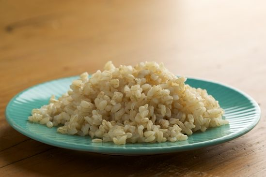 "How to Cook PERFECT Brown Rice - ""Tried this tonight and best secret ever! No more mushy brown rice, doesn't stick at all!"""