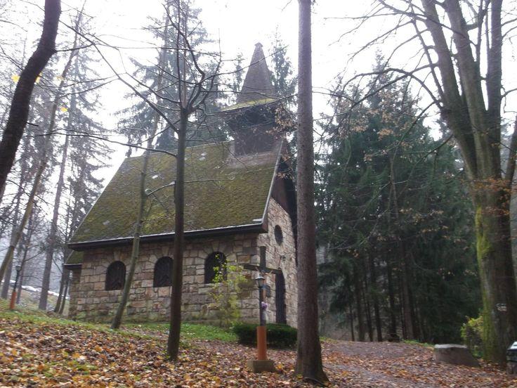 Kostolík vo Vyhniach