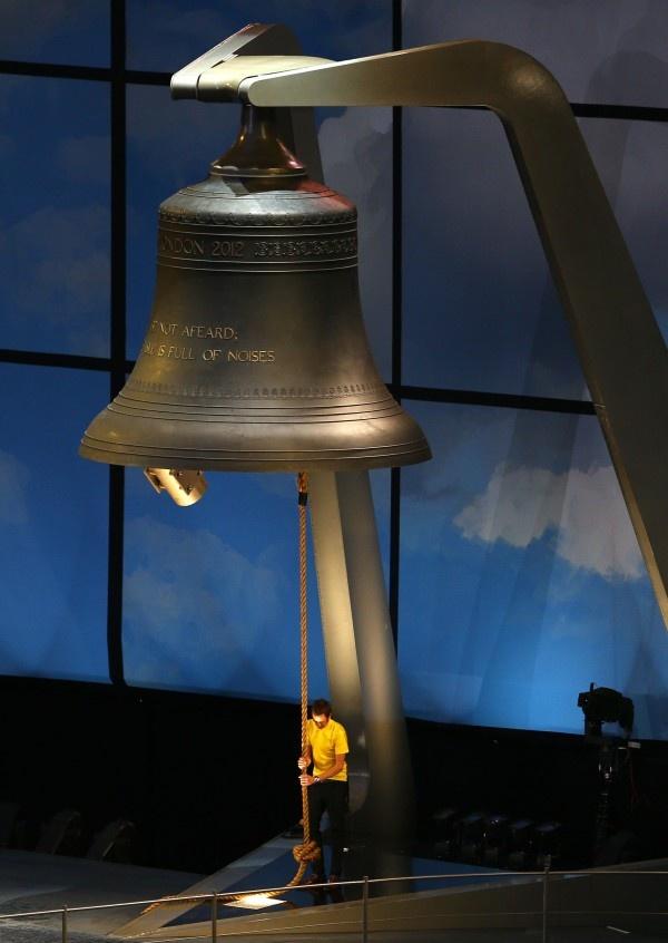 Wiggins suona la campana: via ai giochi