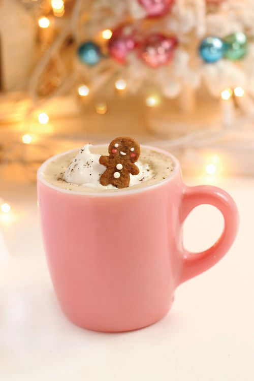 cute gingerbread hot cocoa