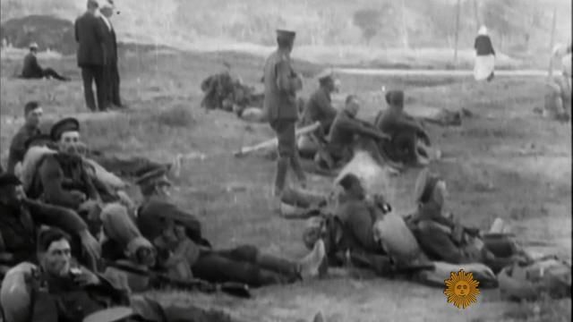 ​The World War I Christmas truce - CBS News