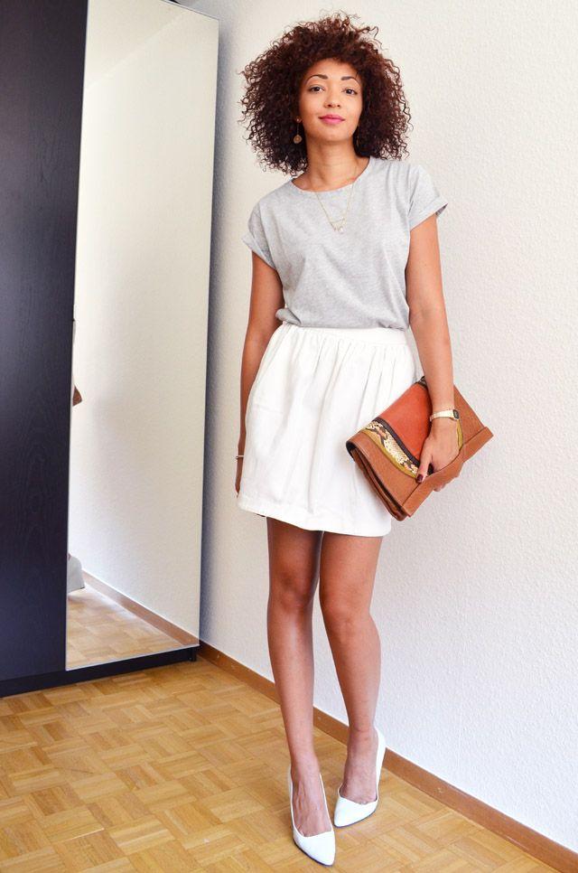 Combo : t-shirt boyfriend gris + jupe blanche
