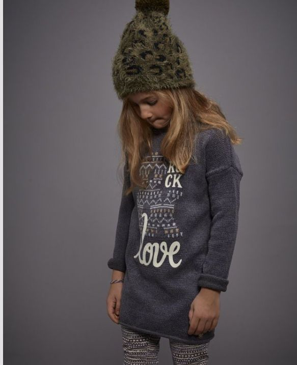 Cool outfit with lovely beanie | this outfit is now on sale #girlsfashion