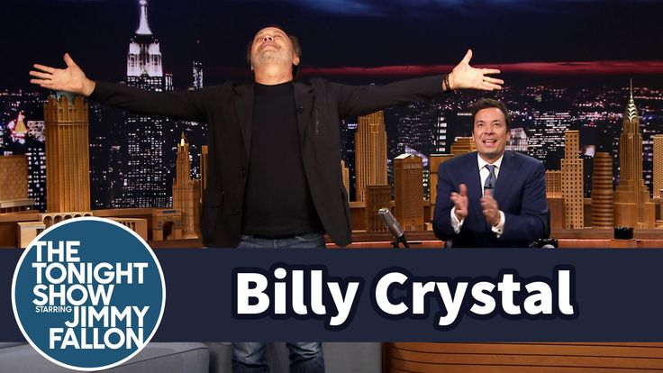 Billy Crystal talks about his tribute to his best friend, Robin Williams, and Billy and Jimmy trade their favorite Robin stories.