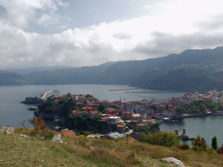 Amasra!   The Turkish city of Amasra on the Black Sea coast was founded several millenniums ago. It was even mentioned in the Iliad by Homer. Click here for more information.
