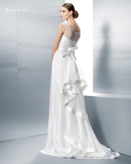 JESUS PEIRO svatební šaty, model 2040 (Praha)