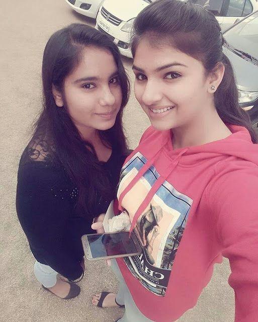 Indian Desi Village Girls