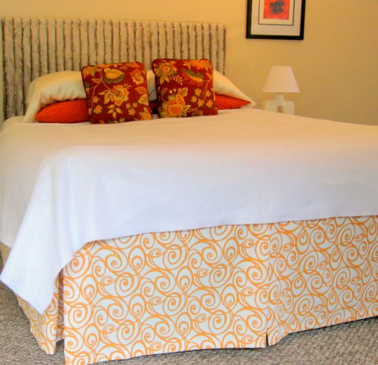 DIY Home Staging Tips: Bedroom Staging: DIY Headboard and Make-Believe Bed