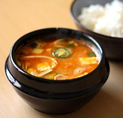 Zuppa di Miso e Tofu - Miso soup with tofu