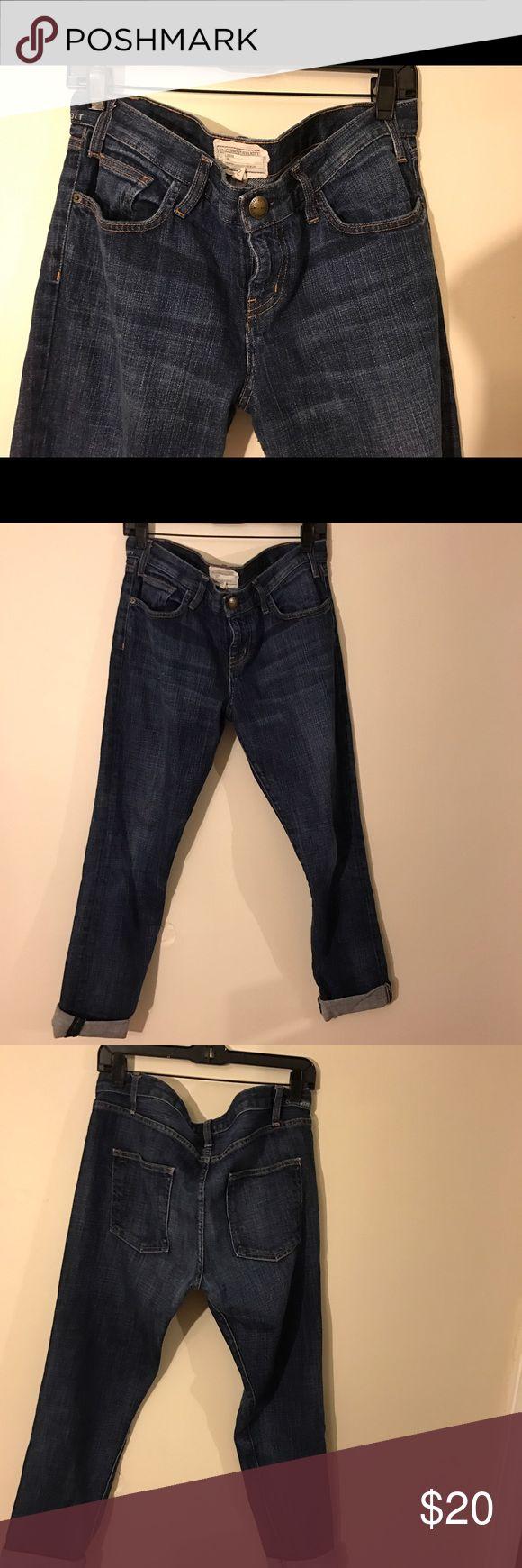 Current/Elliott boyfriend fit jeans Perfectly soft boyfriend jeans! Runs large. Current/Elliott Jeans Boyfriend