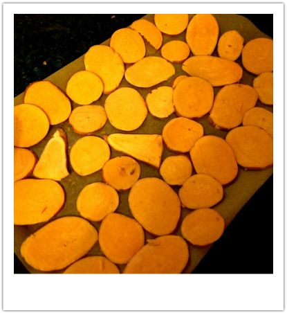 Savage sweet potato crisps - how to get them exactly right with a few simple tips from Chickpea Girl - 178 Cals per serving