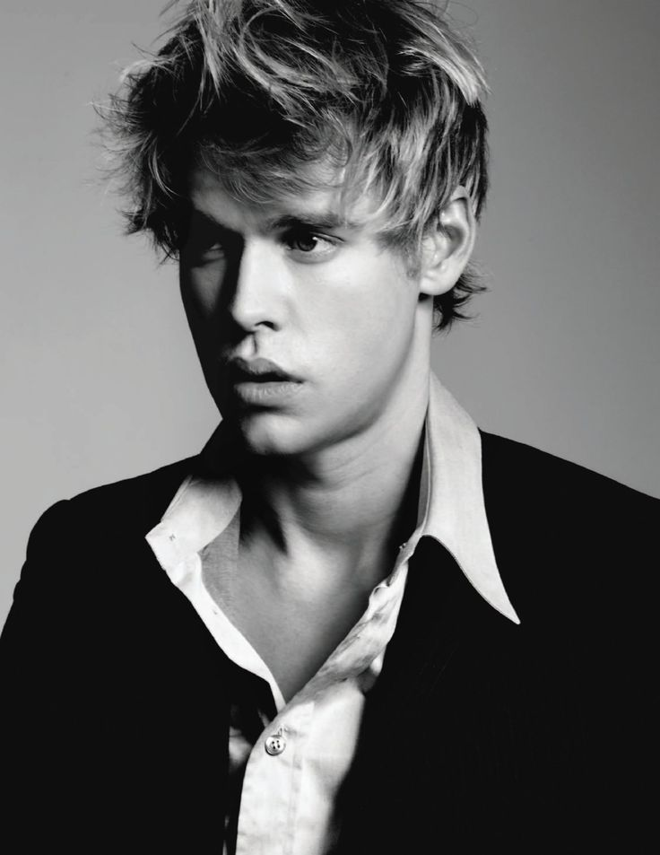 Chord Overstreet. Sam needs to come back on Glee. :(