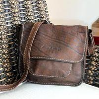 Leather classic medium - Lewis & Magde