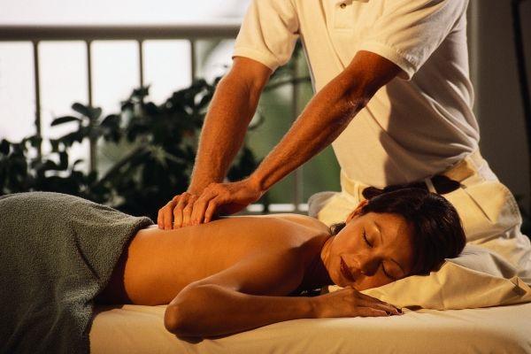 Spa und Wellness-Massage Gutschein-Geschenk Ideen