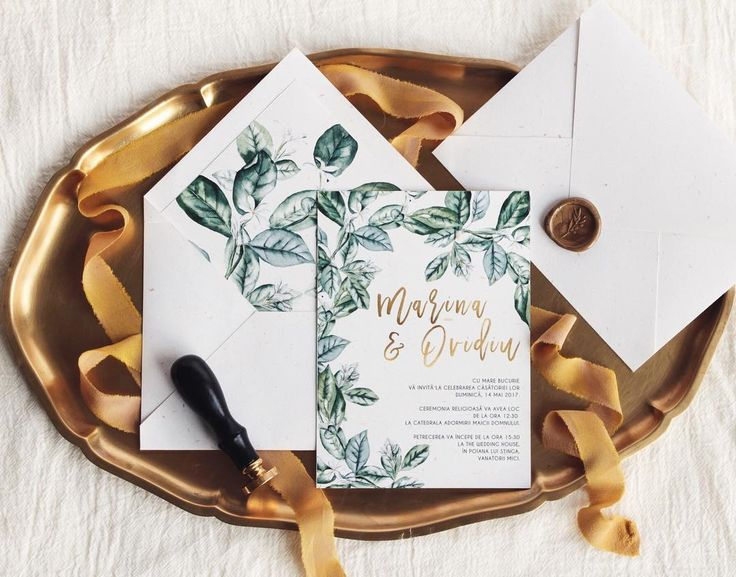 I think it's safe to say that 2017 is going to be a great year for simple 🌿 greenery weddings.    © PAPIRA invitatii de nunta personalizate #papiradesign #papirainvitations #invitatiidenunta #invitatiinunta