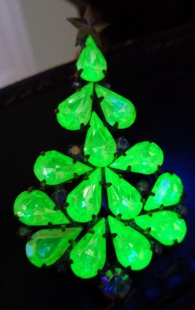 Art Deco Uranium Glass Christmas Tree Brooch Brooch Jewelry Christmas Tree Art Glass Jewelry Glass Christmas Tree