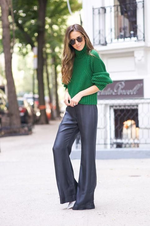 Something Navy knows what's up with fall color trends - click for 10 outfit ideas that involve bright hues for fall