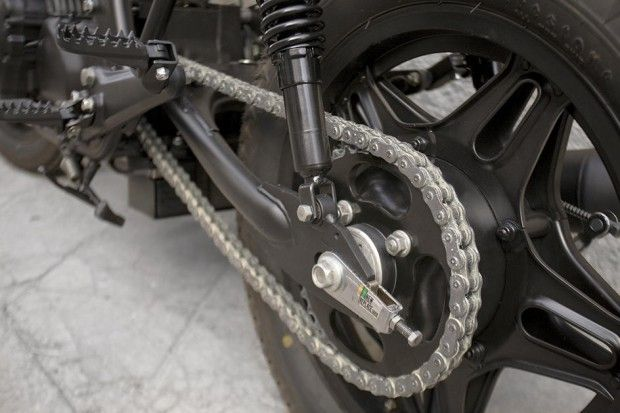 Cafe Racer Dreams Honda CB 750 KZ Black Cream -