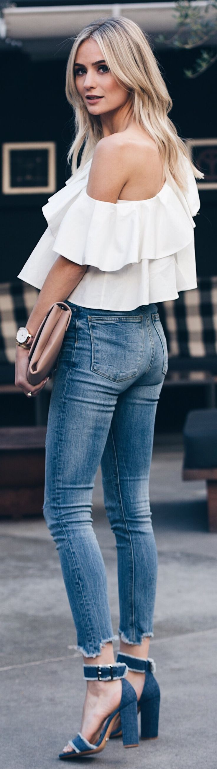 stylish spring outfits /  White Open Shoulder Blouse / Skinny Jeans / Navy Sandals