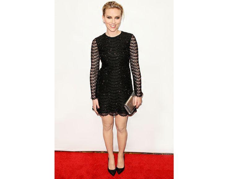 Présente lors de la cérémonie des Gotham Independent Film Awards à New York, l'actrice américaine portait une robe ajourée brodée de sequins noirs issue de la collection P