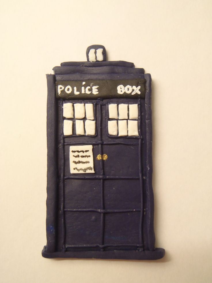 Fimo Tardis fridge magnet