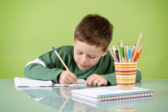 Çocuklara Ders Çalıştırırken Dikkat Edilmesi Gerekenler