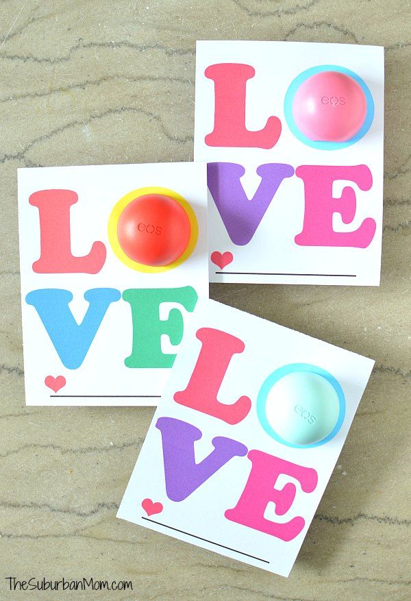 Spread love with an EOS Love card. This free printable is sure to put a smile on someone's face. Little girls, tweens and adults will love the gift.
