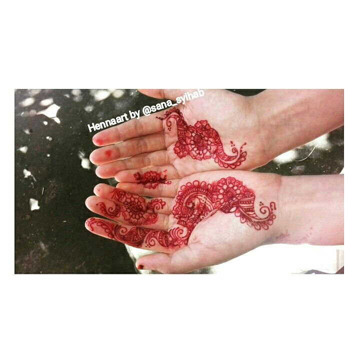 Hennaart by @sana_syihab  Simply Hennadesign by me 😘😘