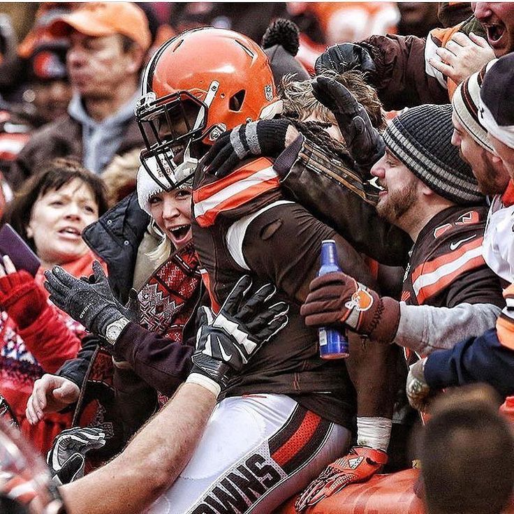 The #Cleveland #Browns #DawgPound one of the best fan groups in all of the NFL! Thanks @dawgpound.nation!  #SuperTailgate #tailgate #tailgating #win #letsgo #gameday #travel #adventure #stadium #party #sport #ESPN #jersey #sports #league #SportsNews #score #photooftheday #love #Football #NFL