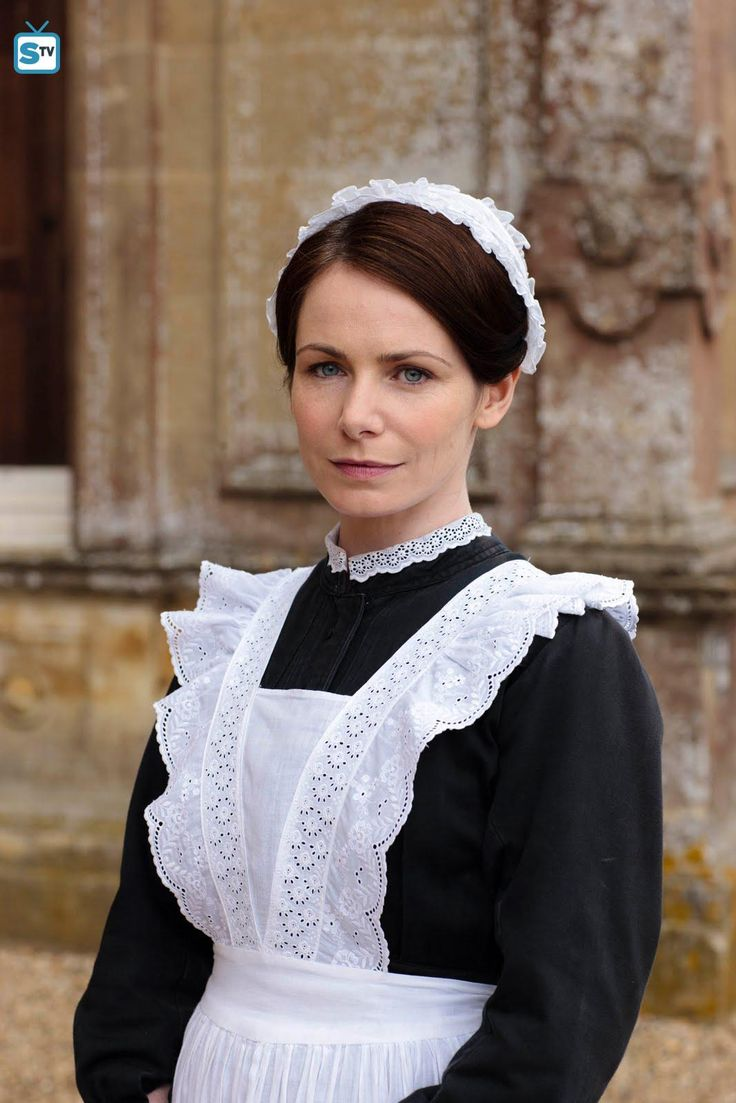 Jane moorsum clare calbraith is a maid at downton abbey she is a widow as her husband died during world war i from the start it is clear that lord