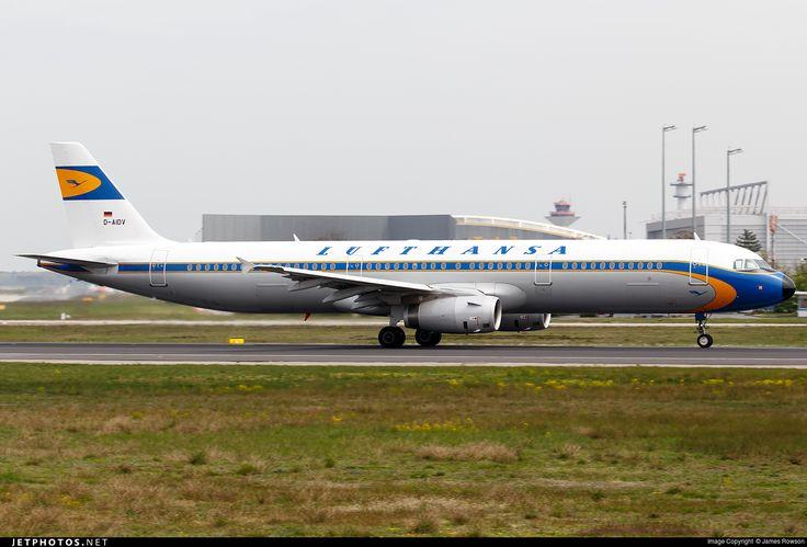 Airbus A321-231, Lufthansa, D-AIDV, cn 5413, 205 passengers, first flight 12.12.2012, Lufthansa delivered 19.12.2012. Active, for example 14.6.2016 flight Frankfurt - Hamburg. Foto: Frankfurt, Germany, 22.4.2016.