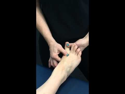 Massage to decrease bunion size - YouTube