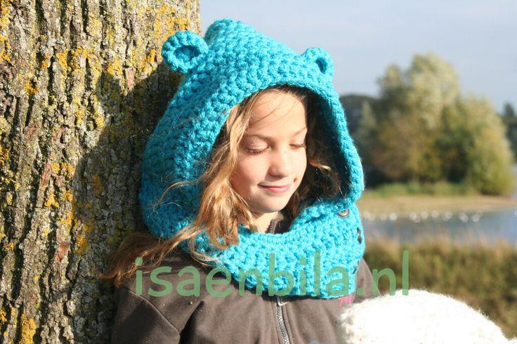Berenoren hoody, gehaakt. Handmade. De musthave voor deze winter. Alle kleuren verkrijgbaar. kijk nu op: www.isaenbila.nl
