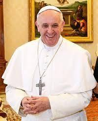 Le Pape François dénonce les attaques contre les populations indigènes dans l'encyclique sur l'écologie.