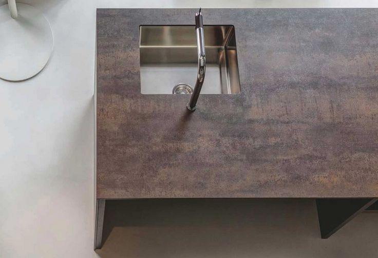 Neolith Kitchen Countertop - Iron Moss