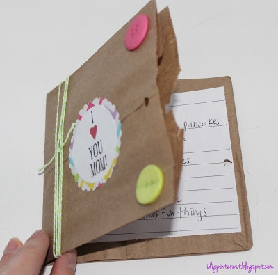 Mother's Day Paper Bag Book - Libro de bolsa de papel para el dia de las madres