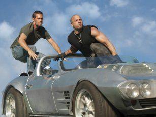 Still of Vin Diesel and Paul Walker in Halálos iramban: Ötödik sebesség (2011)