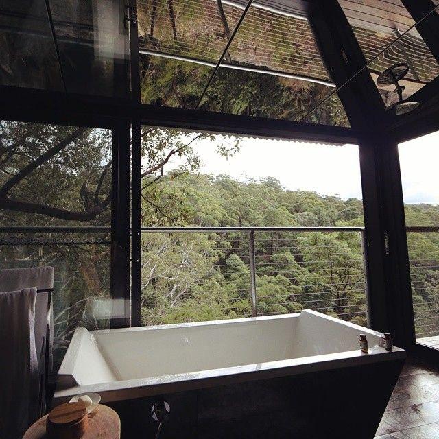 sangoma retreat in bowen mountain in australia