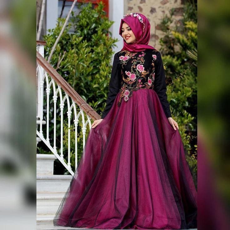 """Siz hazır tamda bu saatlerde """"Mezuniyette ne giysem?""""diye düşünürken Bahar Abiyeyi bırakıp kaçıyorum Detaylar yarın #iyigeceler  by gamzepolat__"""
