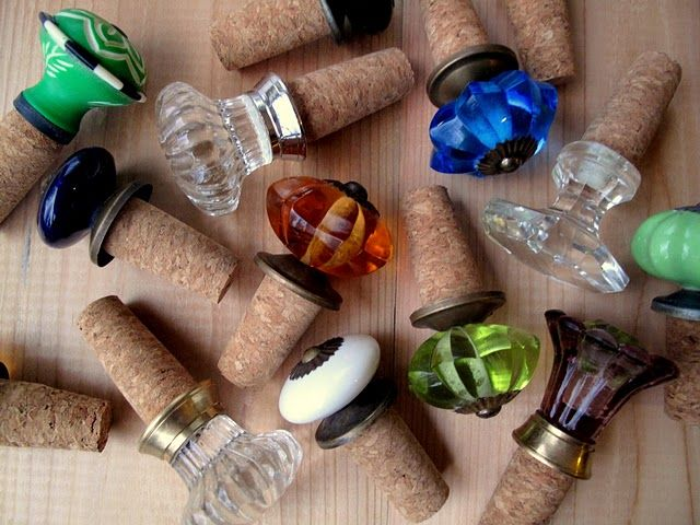 Cool ideaBottle Stoppers, Wine Corks, Drawers Pulled, Doors Knobs, Wine Stoppers, Door Knobs, Wine Bottle, Hostess Gifts, Diy