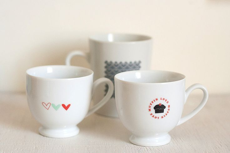 Quick Valentine's Day Mugs - no sharpies, paint pens or ovens needed!