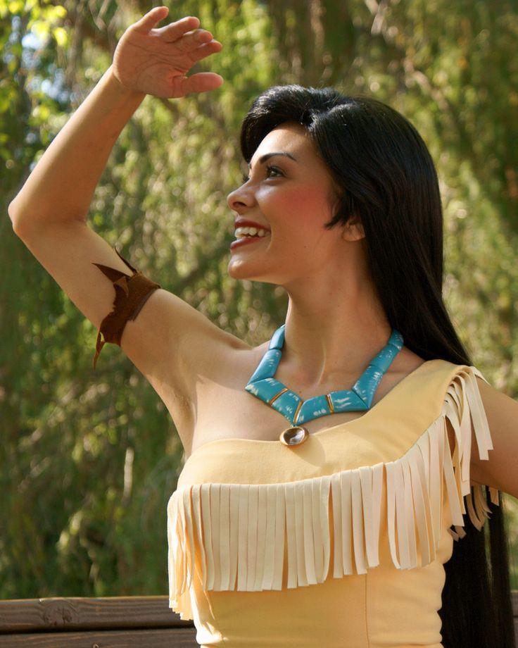 En Halloween tu sueño de ser princesa se puede convertir en realidad. Anímate a disfrazarte de la cenicienta, Pocahontas o Blancanieve. Recuerda darle un vuelco a tu disfraz para que no luzcas como una niña sino como una sexy adulta. http://www.liniofashion.com.co/linio_fashion/ropa-para-mujeres?utm_source=pinterest&utm_medium=socialmedia&utm_campaign=COL_pinterest___fashion_lookcasualchic_20141121_20&wt_sm=co.socialmedia.pinterest.COL_timeline_____fashion_20141121lookcasualchic.-.fashion