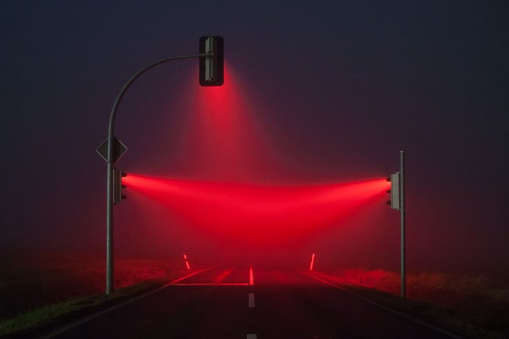 red traffic lights by LUMA_visual-creations on 500px