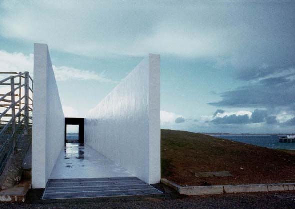 Sutherland Hussey Architects, Turas ferry shelter, Tiree
