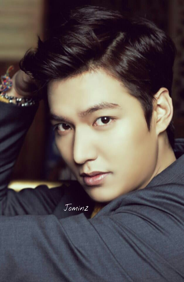 Lee Min Ho OOOOmg, he is soooo sexy in this pic...