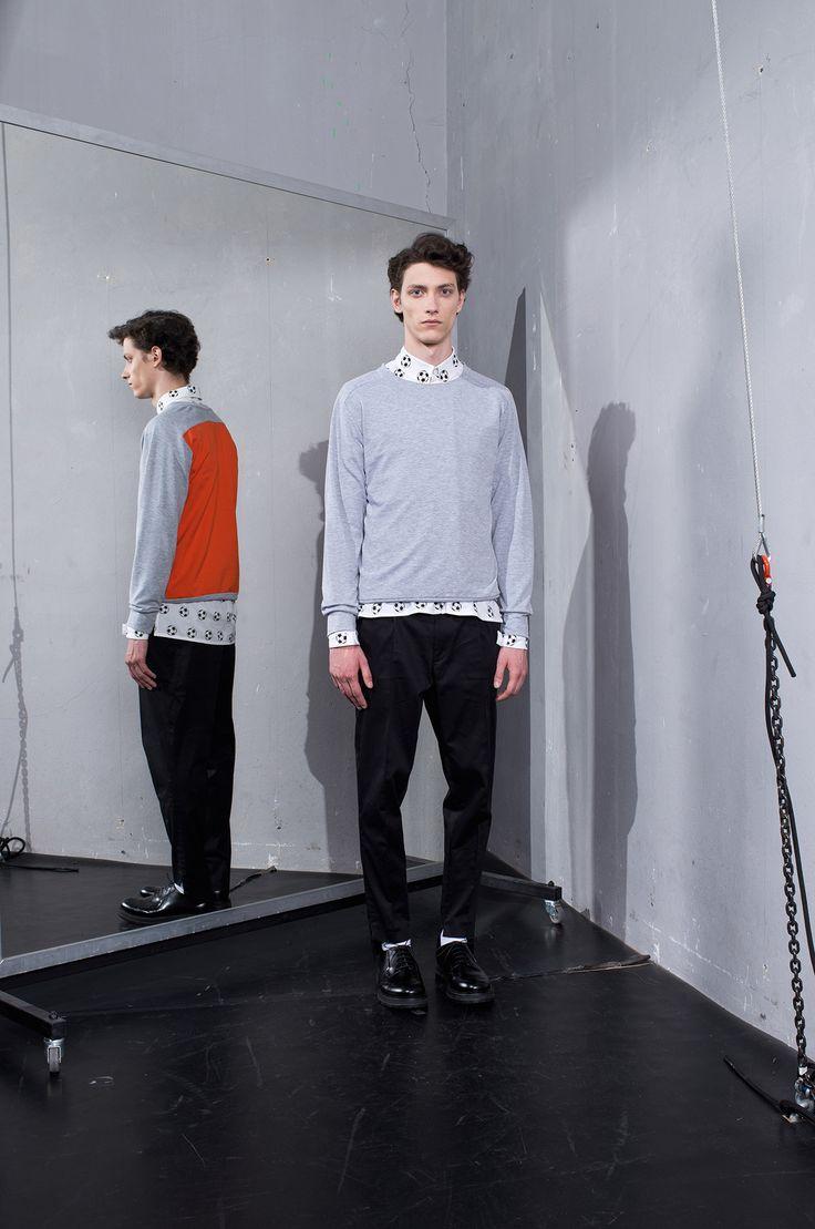 MEI KAWA   Colour Block Sweatshirt