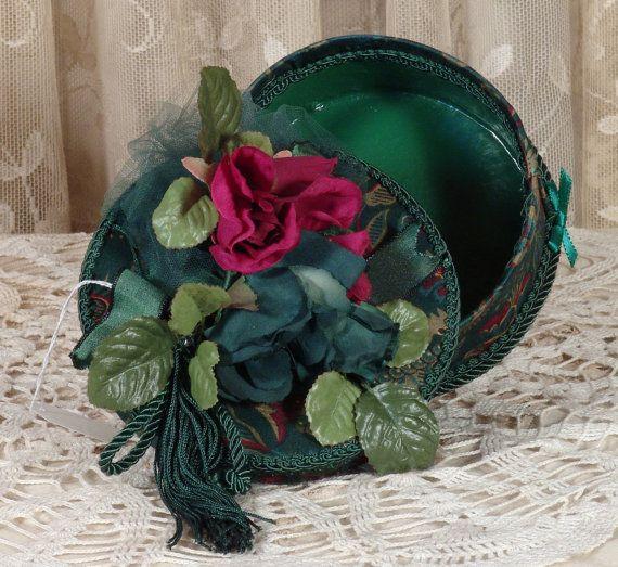 Victorian Keepsake / Trinket Hat Box ♡ by VictorianKeepsakes