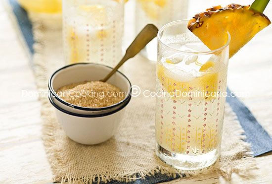 "Guarapo de Piña Recipe (Fermented Pineapple Juice): a bubbly, ice-cold pineapple drink just screams ""tropical summer"", wether you are in the tropics or not."
